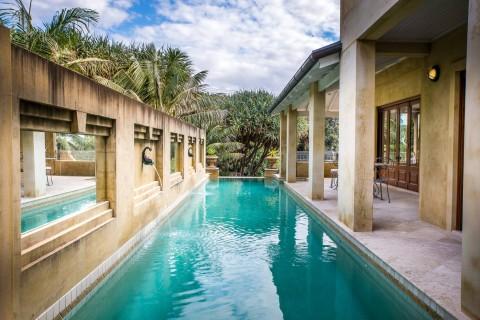Victorias Lap Pool